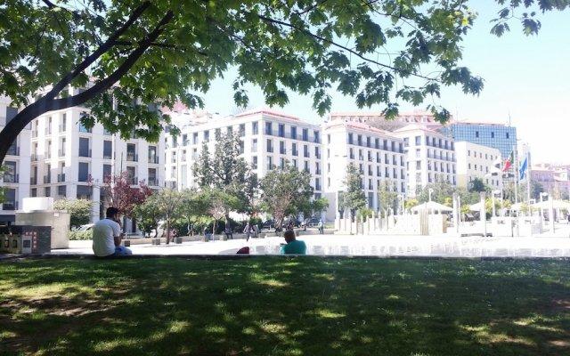 Апартаменты LX4U Apartments - Martim Moniz вид на фасад