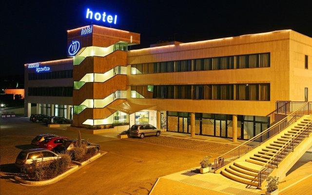 Hotel Planet Ареццо вид на фасад