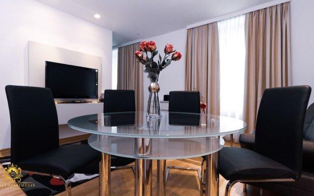 Апартаменты My City Apartments - 5 Stars Apartment комната для гостей