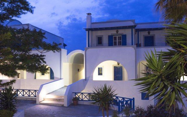 Отель Maistros Village вид на фасад