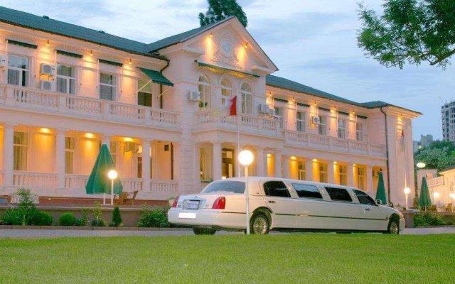 Отель Аркадия Плаза