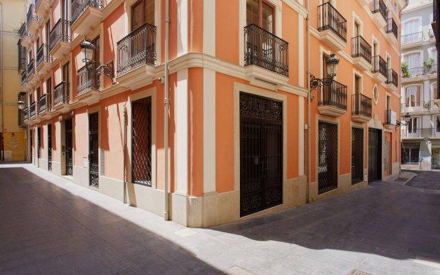 Отель Citizentral Juristas Испания, Валенсия - отзывы, цены и фото номеров - забронировать отель Citizentral Juristas онлайн вид на фасад