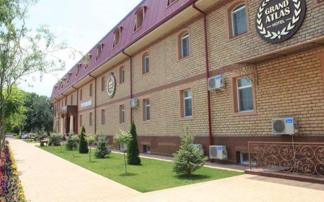 Отель Гранд Атлас Узбекистан, Ташкент - отзывы, цены и фото номеров - забронировать отель Гранд Атлас онлайн вид на фасад