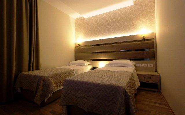 Capital Tirana Hotel 2