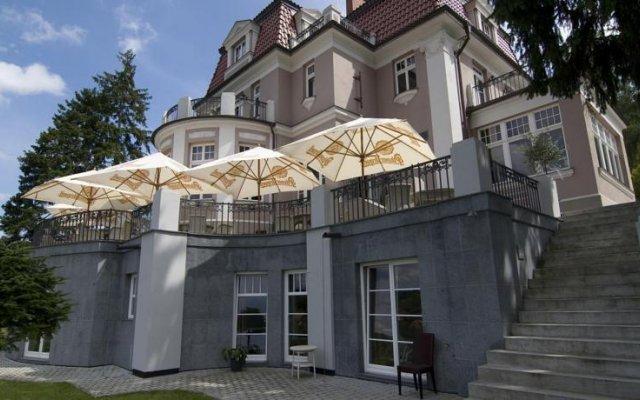 Отель Rezidence Liběchov Кропачова-Врутице вид на фасад