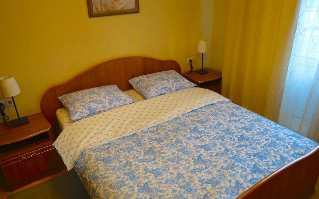 Апартаменты LUXKV Apartment on Smolenskaya комната для гостей