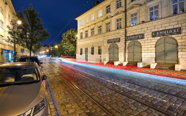 Отель DownTown Suites Mala Strana Чехия, Прага - отзывы, цены и фото номеров - забронировать отель DownTown Suites Mala Strana онлайн вид на фасад