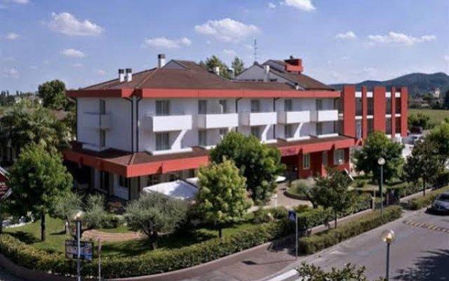 Отель Lo Zodiaco Италия, Абано-Терме - отзывы, цены и фото номеров - забронировать отель Lo Zodiaco онлайн вид на фасад