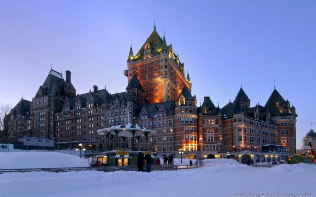 Отель Fairmont Le Chateau Frontenac Канада, Квебек - отзывы, цены и фото номеров - забронировать отель Fairmont Le Chateau Frontenac онлайн вид на фасад