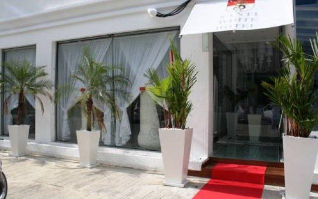 Sharaya White Hotel вид на фасад