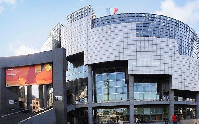 Отель Mercure Paris Place d'Italie вид на фасад