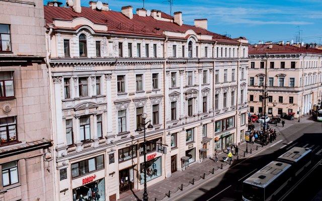 Гостевой дом Соната на Невском 11 Санкт-Петербург балкон