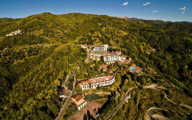 Отель Renaissance Tuscany Il Ciocco Resort & Spa