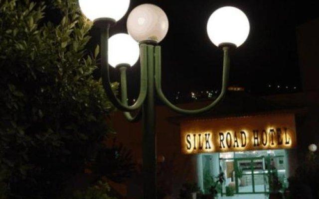 Отель Silk Road Hotel Иордания, Вади-Муса - отзывы, цены и фото номеров - забронировать отель Silk Road Hotel онлайн вид на фасад