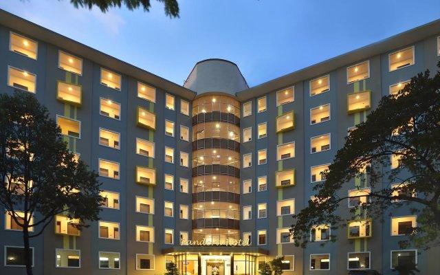 Отель MHome Pandora вид на фасад