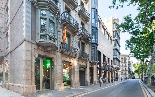 Urbany Hostel Bcn Go! Барселона вид на фасад