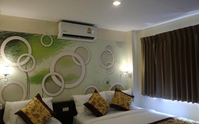 Отель Blu Mount Бангкок комната для гостей