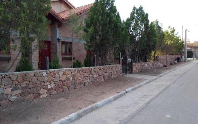 Отель Cabañas la Casona Аргентина, Мина Клаверо - отзывы, цены и фото номеров - забронировать отель Cabañas la Casona онлайн вид на фасад