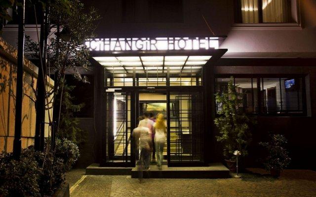 Cihangir Hotel вид на фасад