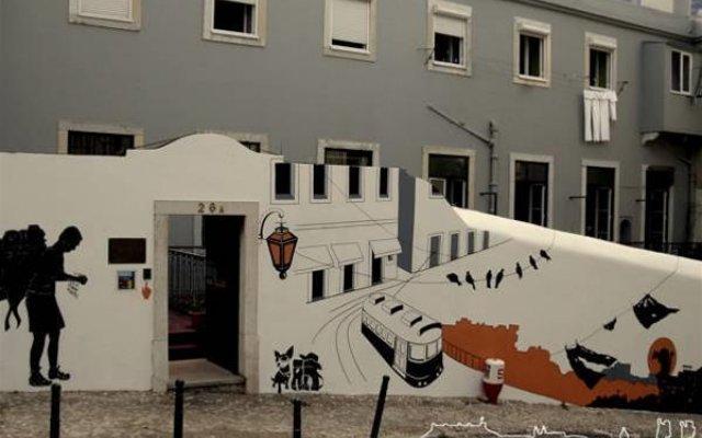 Отель Lisbon Old Town Hostel Португалия, Лиссабон - отзывы, цены и фото номеров - забронировать отель Lisbon Old Town Hostel онлайн вид на фасад
