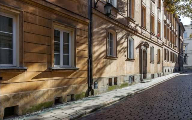 Апартаменты Miodowa Apartment Old Town Варшава вид на фасад