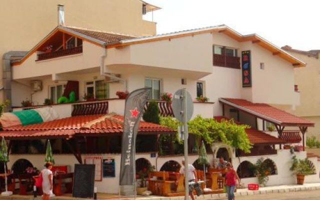 Отель Guest House Rosa вид на фасад