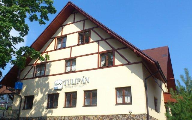 Hotel Tulipan вид на фасад