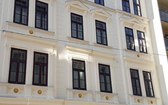 Отель Appartements Hermine вид на фасад