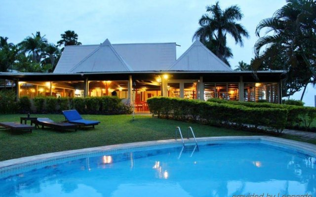Отель Tambua Sands Beach Resort вид на фасад
