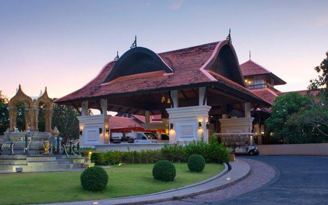 Отель Rawi Warin Resort and Spa вид на фасад