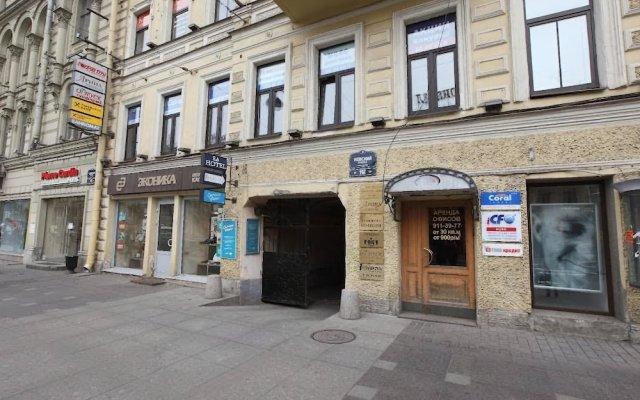 Отель РА на Невском 102 Санкт-Петербург вид на фасад
