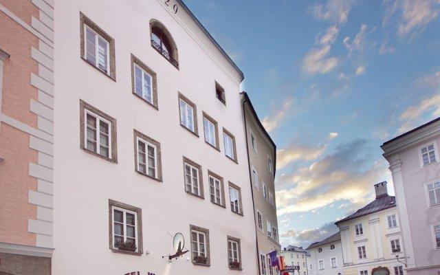 Отель Altstadthotel Wolf Зальцбург вид на фасад