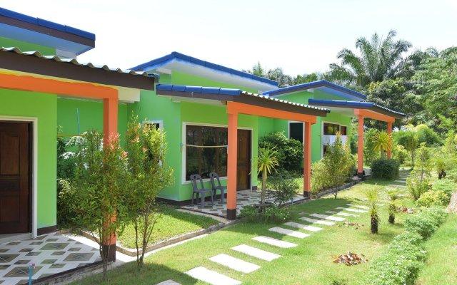 Отель Rubber Tree Resort Таиланд, Ланта - отзывы, цены и фото номеров - забронировать отель Rubber Tree Resort онлайн вид на фасад