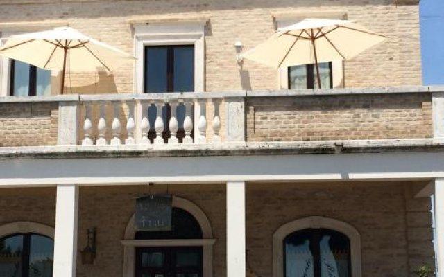 Отель Relais Borgo sul Mare Италия, Сильви - отзывы, цены и фото номеров - забронировать отель Relais Borgo sul Mare онлайн вид на фасад