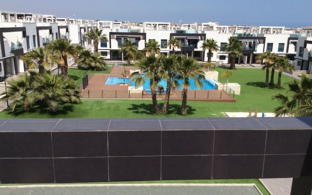 Апартаменты Apartment With 2 Bedrooms in Orihuela, With Private Pool, Furnished Te вид на фасад