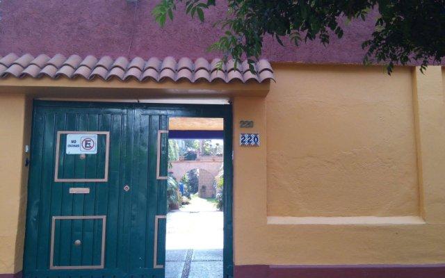 Отель Maria Del Alma Guest House Мексика, Мехико - отзывы, цены и фото номеров - забронировать отель Maria Del Alma Guest House онлайн вид на фасад