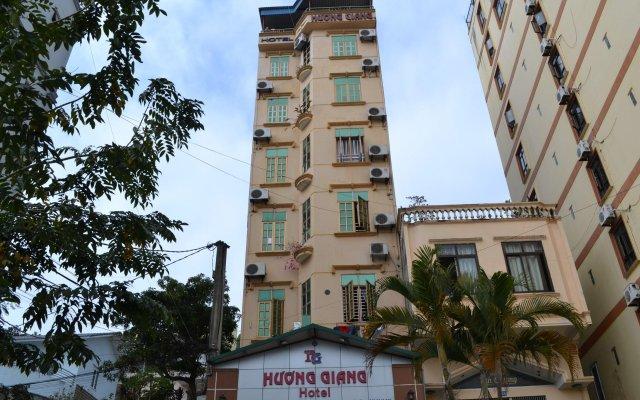 Huong Giang Hotel вид на фасад