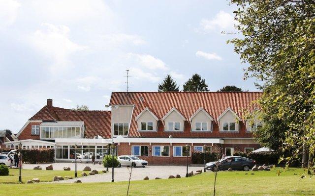 Fangel Kro & Hotel вид на фасад