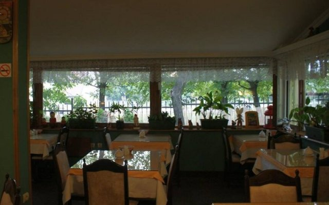 Отель Lav Сербия, Белград - отзывы, цены и фото номеров - забронировать отель Lav онлайн питание