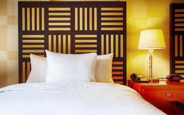 Отель Pinnacle Hotel Harbourfront Канада, Ванкувер - отзывы, цены и фото номеров - забронировать отель Pinnacle Hotel Harbourfront онлайн комната для гостей