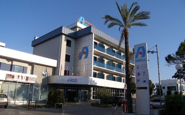 Hotel Amico вид на фасад