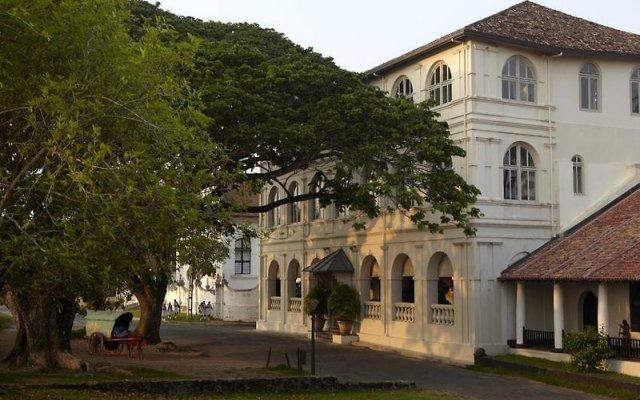 Отель AMANGALLA Галле вид на фасад
