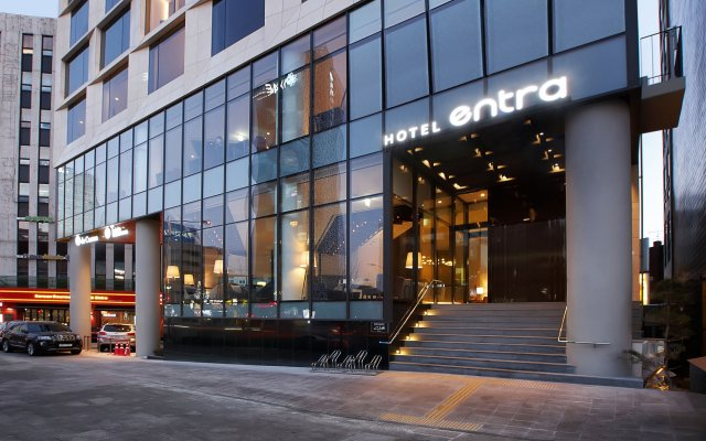 Hotel ENTRA Gangnam вид на фасад