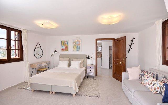 Отель Center Penthouse Родос комната для гостей