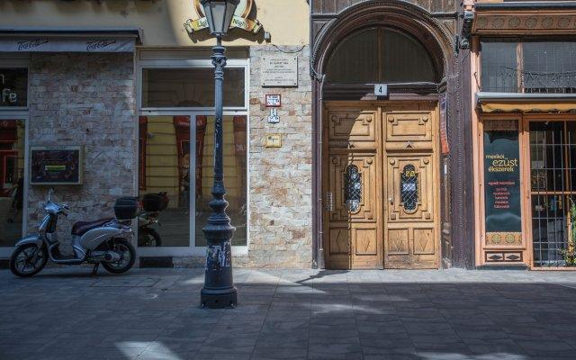 Отель Budapest Passage Будапешт вид на фасад