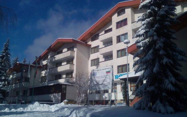 Отель Elina Hotel Болгария, Пампорово - отзывы, цены и фото номеров - забронировать отель Elina Hotel онлайн вид на фасад