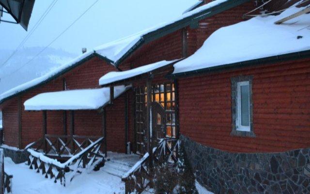 Гостиница Sadyba Gulavyna вид на фасад