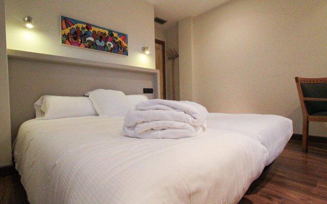 Отель Aguas De Viznar Виснар комната для гостей