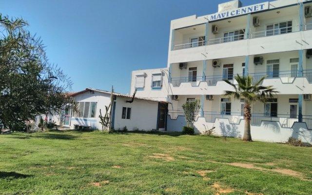 Отель Mavi Cennet Camping Pansiyon Сиде вид на фасад