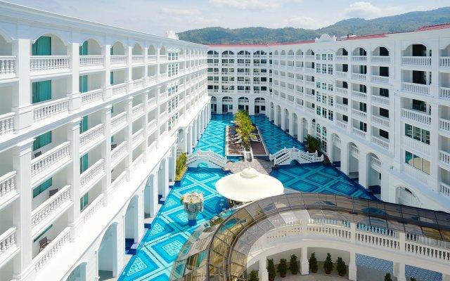 Mövenpick Myth Hotel Patong Phuket вид на фасад